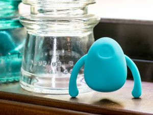 "Dame Products Eva ""hands-free"" ""couples"" wearable vibrator standing up like a creepy bug."